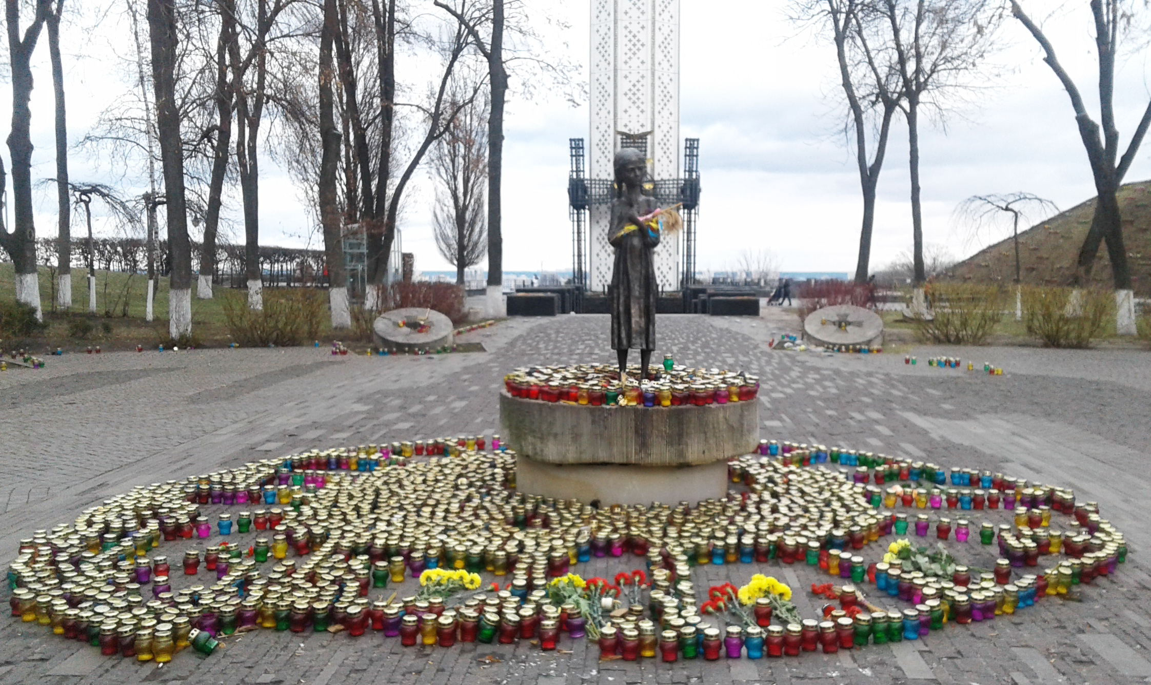 Starvation monument in Kyiv. Memorial candle. Erected 2007