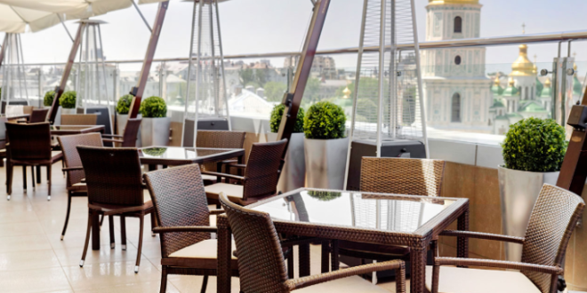 Where to eat in Kiev and enjoy beautiful view of the city