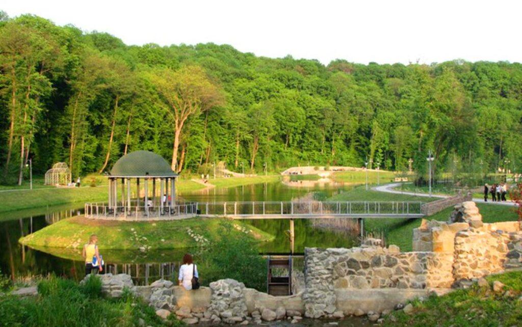 Feofanya park in Kyiv
